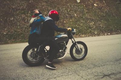 L'assicurazione per il passeggero moto