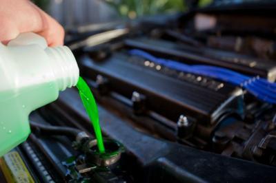 Liquido refrigerante auto: quello giusto allunga la vita al radiatore