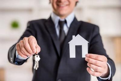 Dalle normative ai requisiti fondamentali, passando per le competenze: ecco l'identikit dell'agente immobiliare ed i vantaggi di