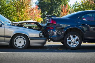 Incidente Auto all'Estero: Cosa Succede e Cosa Fare